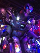 13 Robot Show Robot